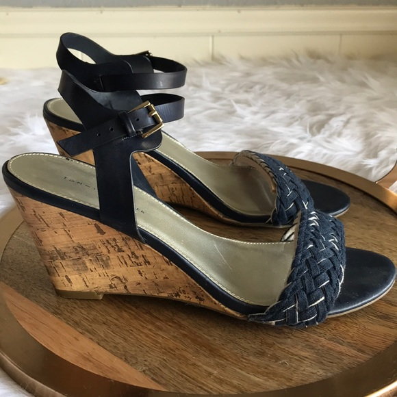 279c26fe236 M 5abc05498290aff3589c2a7a. Other Shoes you may like. navy Tommy sandals